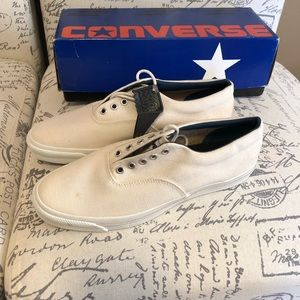 Converse rare vintage skidgrip low white shoes